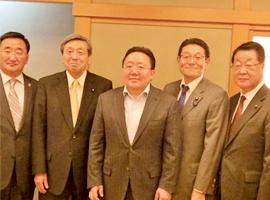 モンゴル:エルベグドルジ大統領