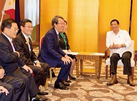 フィリピン:ドゥテルテ大統領
