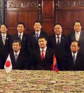 モンゴル首相との記念撮影